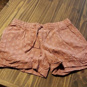 ON linen 4in shorts